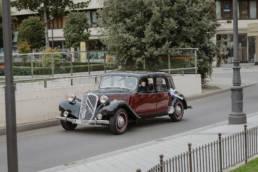 Coche de épocafotógrafo de boda en Valladolid